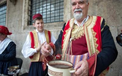 Beautiful Easter Tradition in Dubrovnik